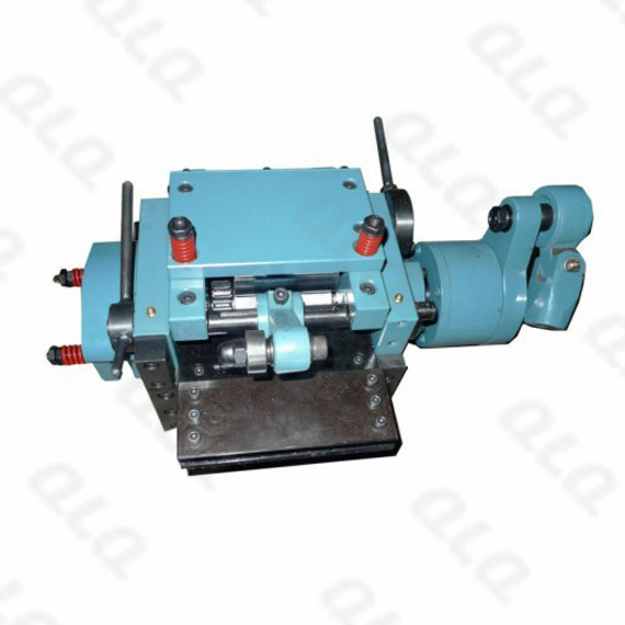 Material Feeding Device (roller system, maximum wire thickness: 1.6mm, width: 100mm, distance for sen