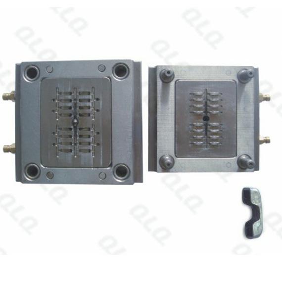 Auto-lock Slider Cap Mould