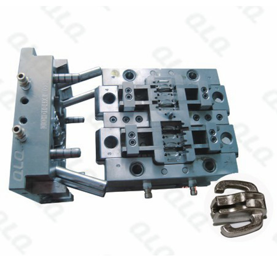 D104 Double puller Non-lock Slider Body Mould