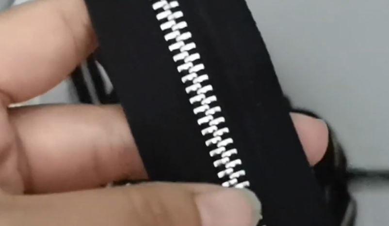 Shiny Silver Zipper Plating