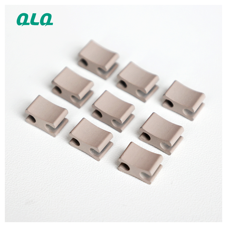 2021 Hot sale hardware pin and box for open end zipper insertion pin zipper bottom stop